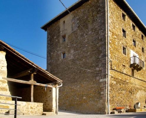 Casa-Torre de los Hurtados de Mendoza de Antoñana / Antoñanako Hurtados de Mendozatarren Etxe-Dorrea