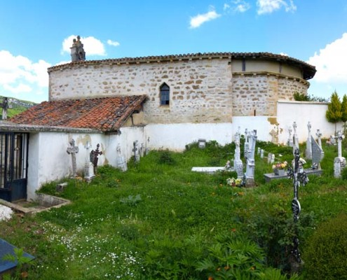 Cementerio y ermita de Nuestra Señora del Campo de Antoñana / Antoñanako Landako Andre Mariaren hilerria eta ermita