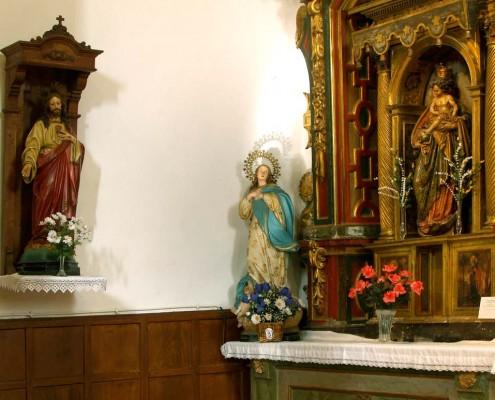 Altar de la Virgen del Rosario de la iglesia de San Vicente Mártir de Antoñana / Antoñanako San Vicente Mártir Elizako Andre Maria Arrosarioaren aldarea