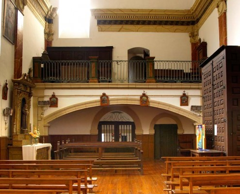 Interior de la iglesia de San Vicente Mártir de Antoñana / Antoñanako San Vicente Mártir Elizaren barrualdea