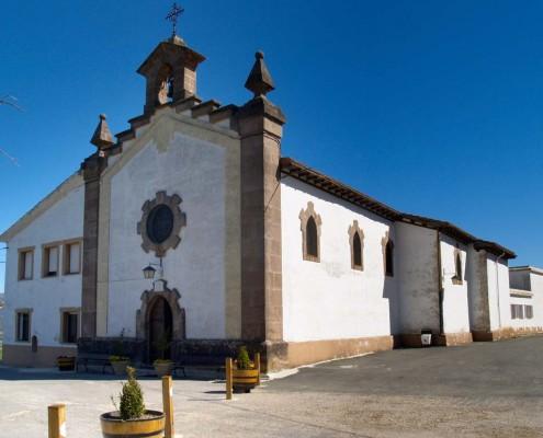 Ermita de Nuestra Señora de Ibernalo de Santa Cruz de Campezo / Santikurutze Kanpezuko Ibernalo Andre Mariaren Ermita