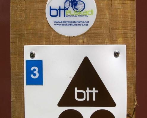 Ruta BTT por el antiguo ferrocarril Vasco-Navarro / BTT Ibilbidea antzinako Euskal eta Nafarroako trenbidetik