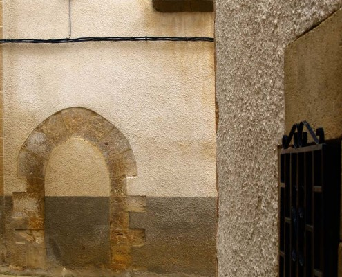 Casa con arco de medio punto de Orbiso / Erdi-puntuko arkua duen etxea Orbison