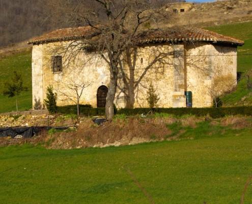 Ermita de Nuestra Señora de San Juan de Oteo / Oteoko San Joan Andre Mariaren ermita