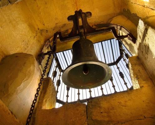 Campana de la ermita de Nuestra Señora de San Juan de Oteo / Oteoko San Joan Andre Mariaren Ermitaren kanpaia