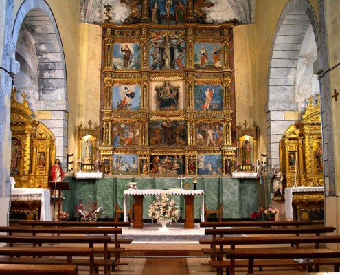Interior de la Iglesia de San Mamés de Oteo / Oteoko San Mamés Elizako barrualdea